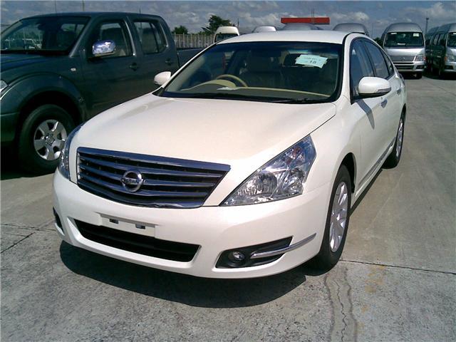 Nissan Teana Image