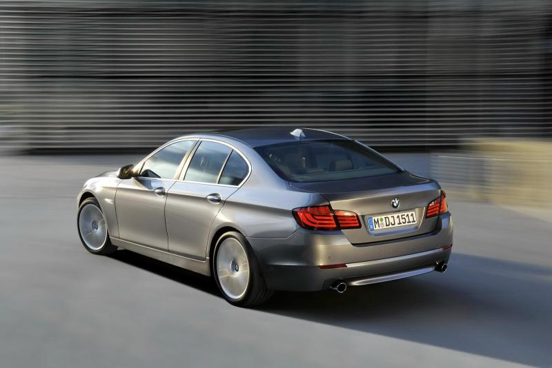 BMW 5 Rear Image