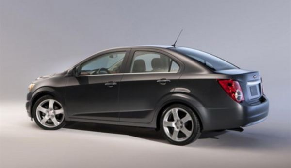 2012 Chevrolet Aveo Rear Image