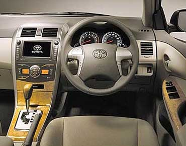 Toyota Altis dull interior
