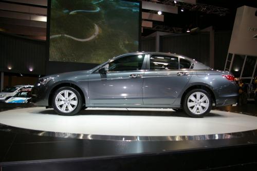 2008 Honda Accord - side