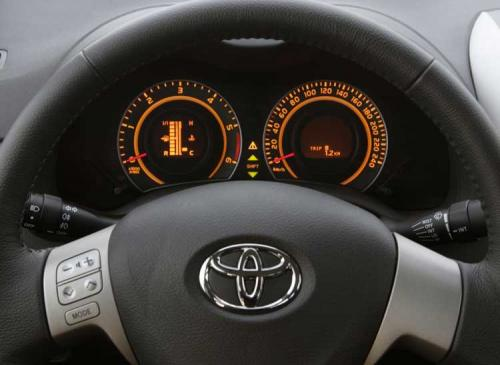 2008 Toyota Corolla Altis - detailed preview - Dash