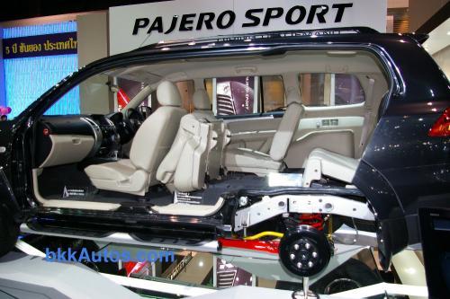Mitsubishi Pajero Sport 3