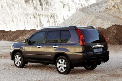 2008 Nissan X-Trail breaks cover ahead of Geneva - 2008 Nissan X-Trail rear