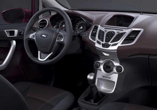 2009 Ford Fiesta interior C