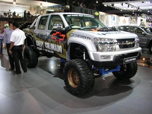 Thailand International Motor Expo 2006 Photos - Chevy Colorado on 'roids