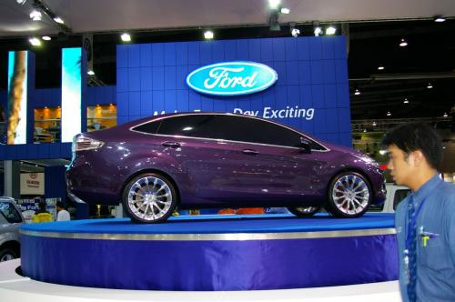 Ford Verve Concept 6