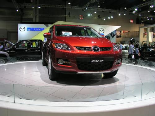 2007 Bangkok International Motor Show - Yawn Mazda CX7