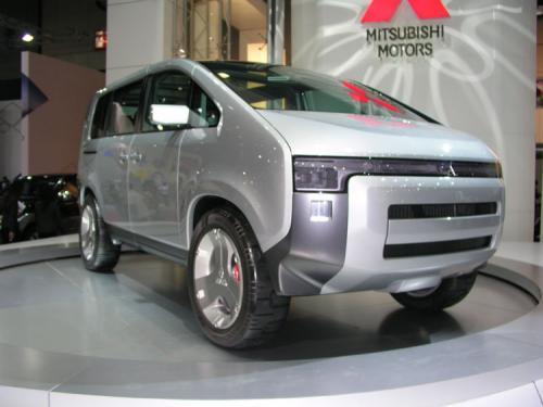 2007 Bangkok International Motor Show - Yawn (Mitsubishi concept D5 front)