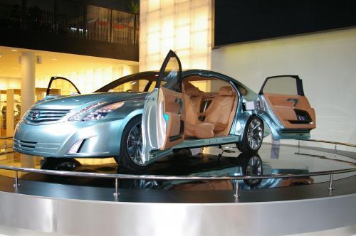 Nissan Intima Concept 5