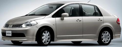 2004 Nissan Latio Image