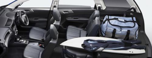 Subaru Exiga Interior 2