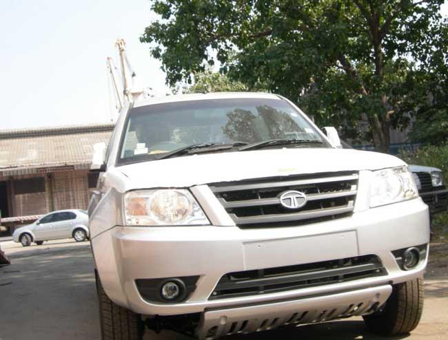 Tata Xenon Front Image